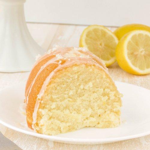 Bizcocho de limón esponjoso